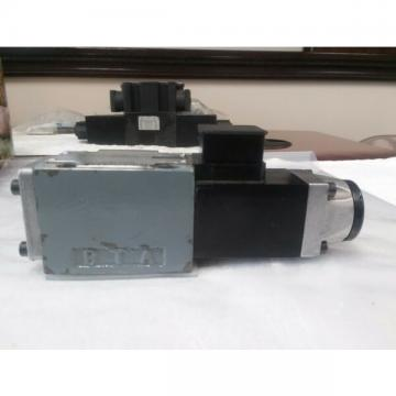 Rexroth solenoid directional flow control valve 3WE689-51/AG24N9K4/V