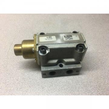 "NEW Parker # CC1025B 1/4"" Remote Pressure Valve; P=VAC-150psi (VAC-1000kPa)"