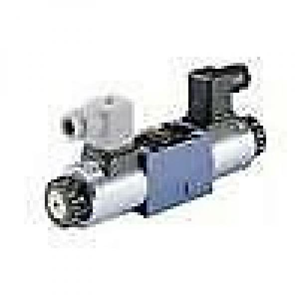 Bosch Rexroth Hydraulics R900592338, 4WE 10 J3X/CW110N9K4 #1 image