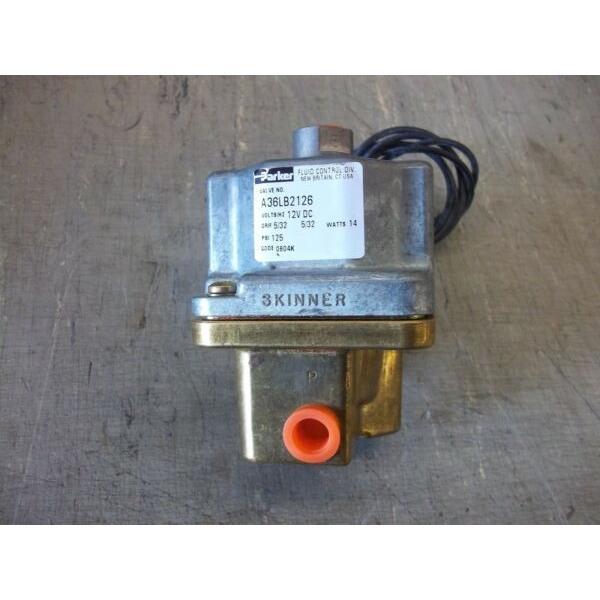 Parker 12V Skinner Solenoid Valve #A36LB2126 (Gillig 51-02144-001) #1 image